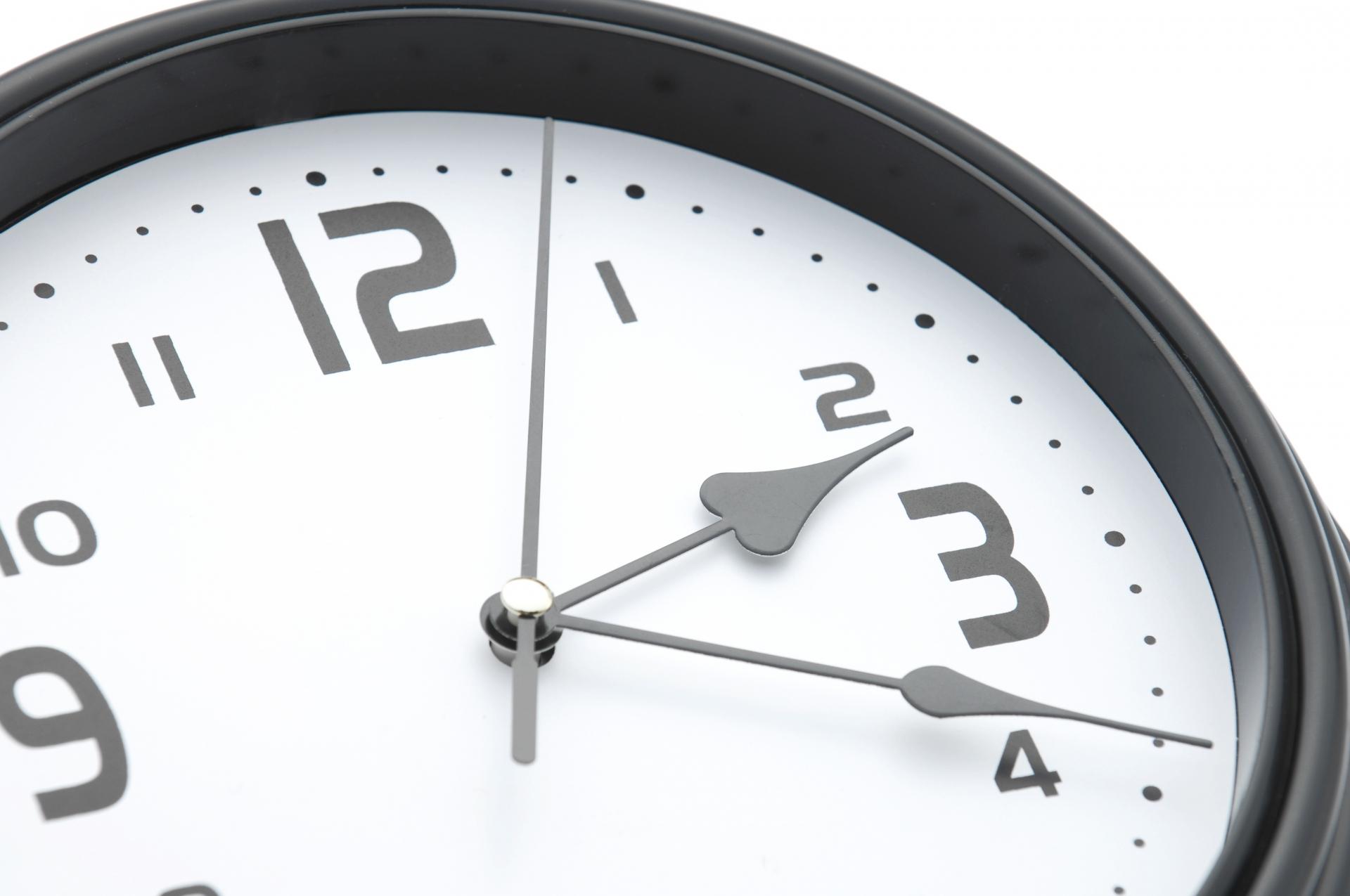 ホームページやウェブ施策など、「いつから」行うべき?